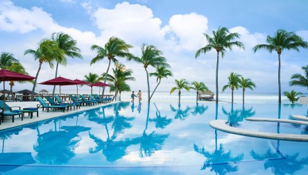 All Inclusive Day Pass Azul Fives Hotel, by Karisma Playa del Carmen